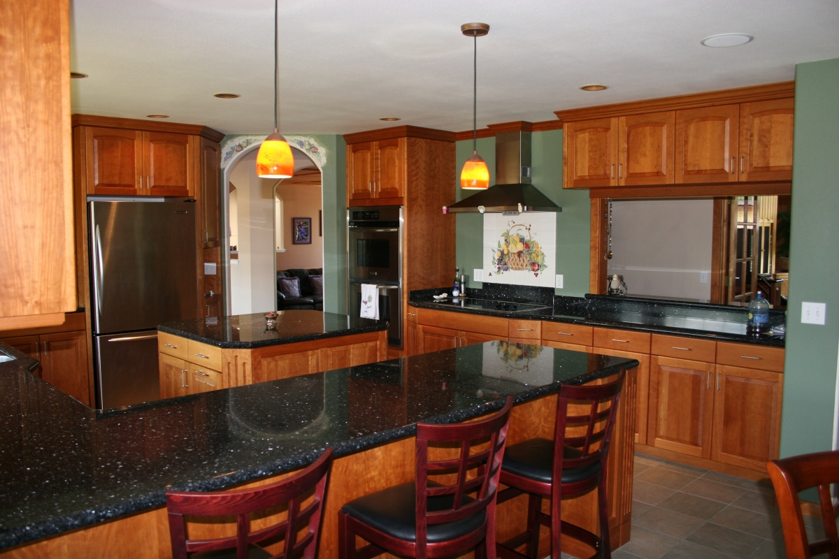 Beautiful kitchens cabinets countertops for Kitchen counter cabinet