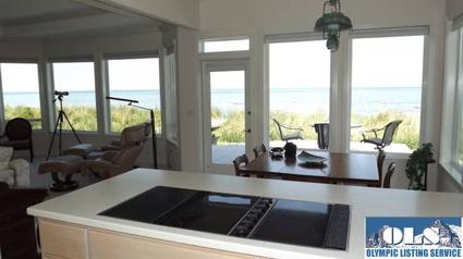 Sequim Beachfront Homes